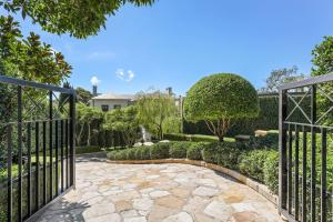 21 Coolong Road, VAUCLUSE